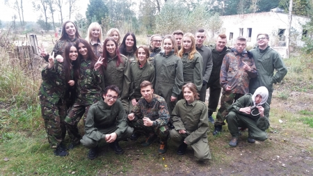 Klasa 2 c na paintballu